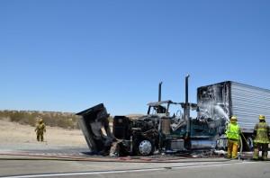 15-freeway-south-semi-fire