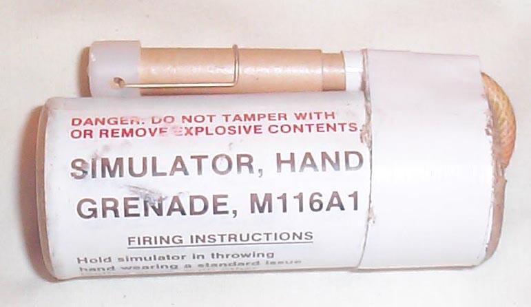 Simulator hand grenade