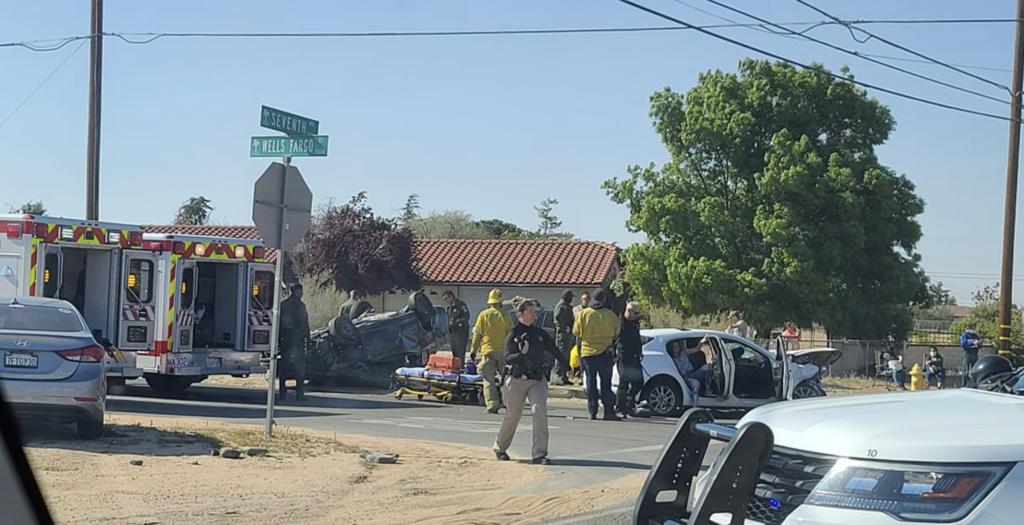 Multiple people injured in crash in hesperia