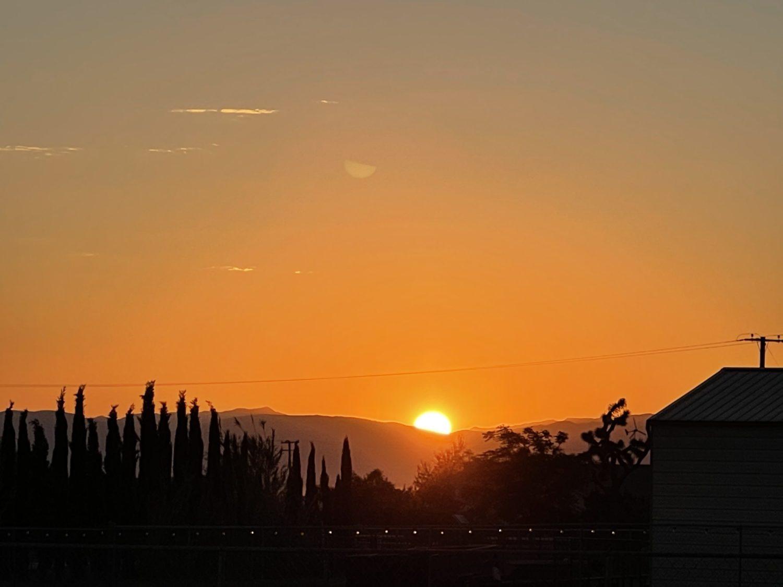 (The sunrise as seen from east Oak Hills on 6/1/21 -- Hugo C. Valdez, VVNG.com)
